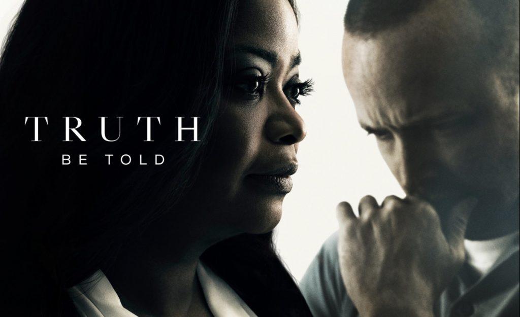 """Copertina della serie Truth to be told. Sullo sfondo, Octavia Spencer e Aaron Paul. In caratteri bianchi, sulla sinistra, il titolo """"Truth to be told""""."""